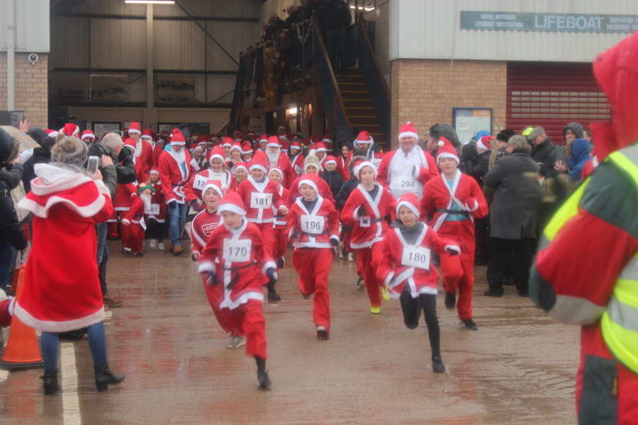 Skegness Santa Fun Run: 10th December 2017
